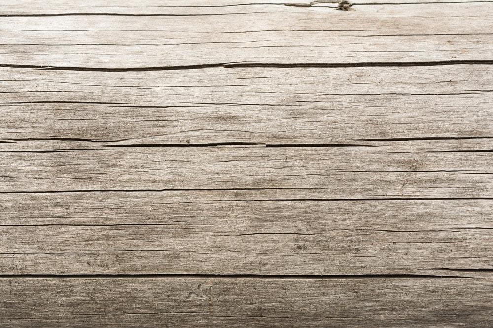 wood-damage-sun-min